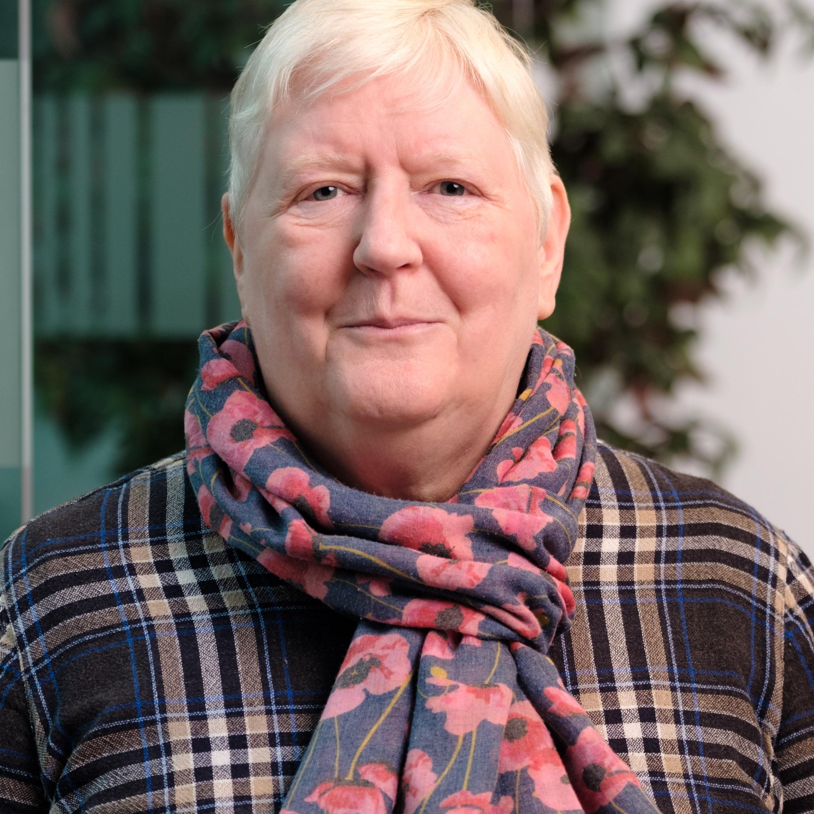 Dr Sharron Wilkinson