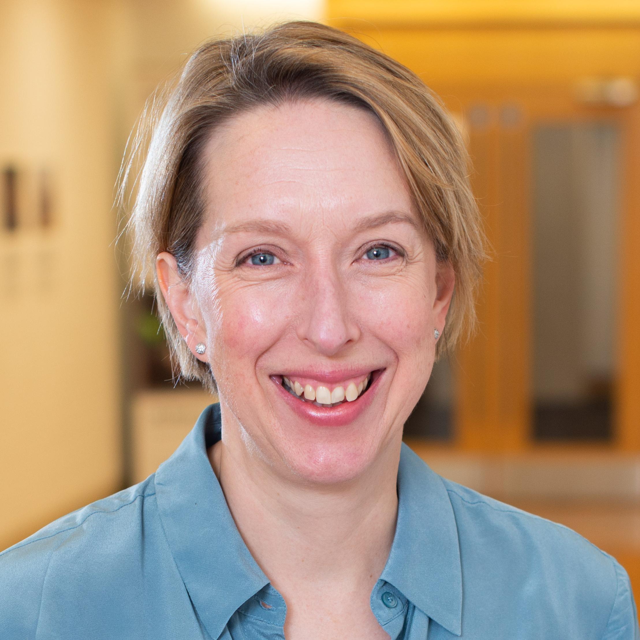 Dr Jenny Macleod