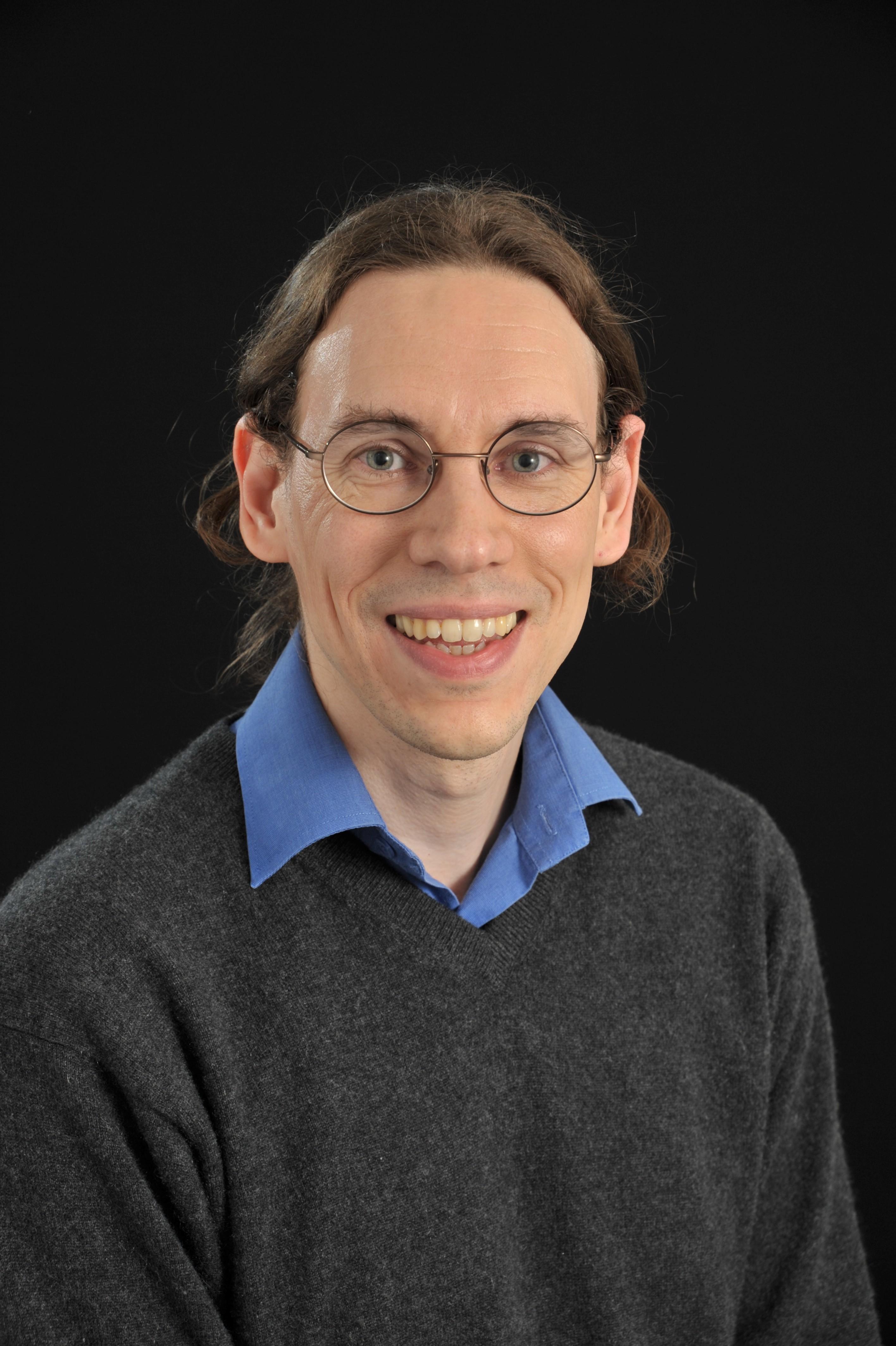 Dr David Benoit