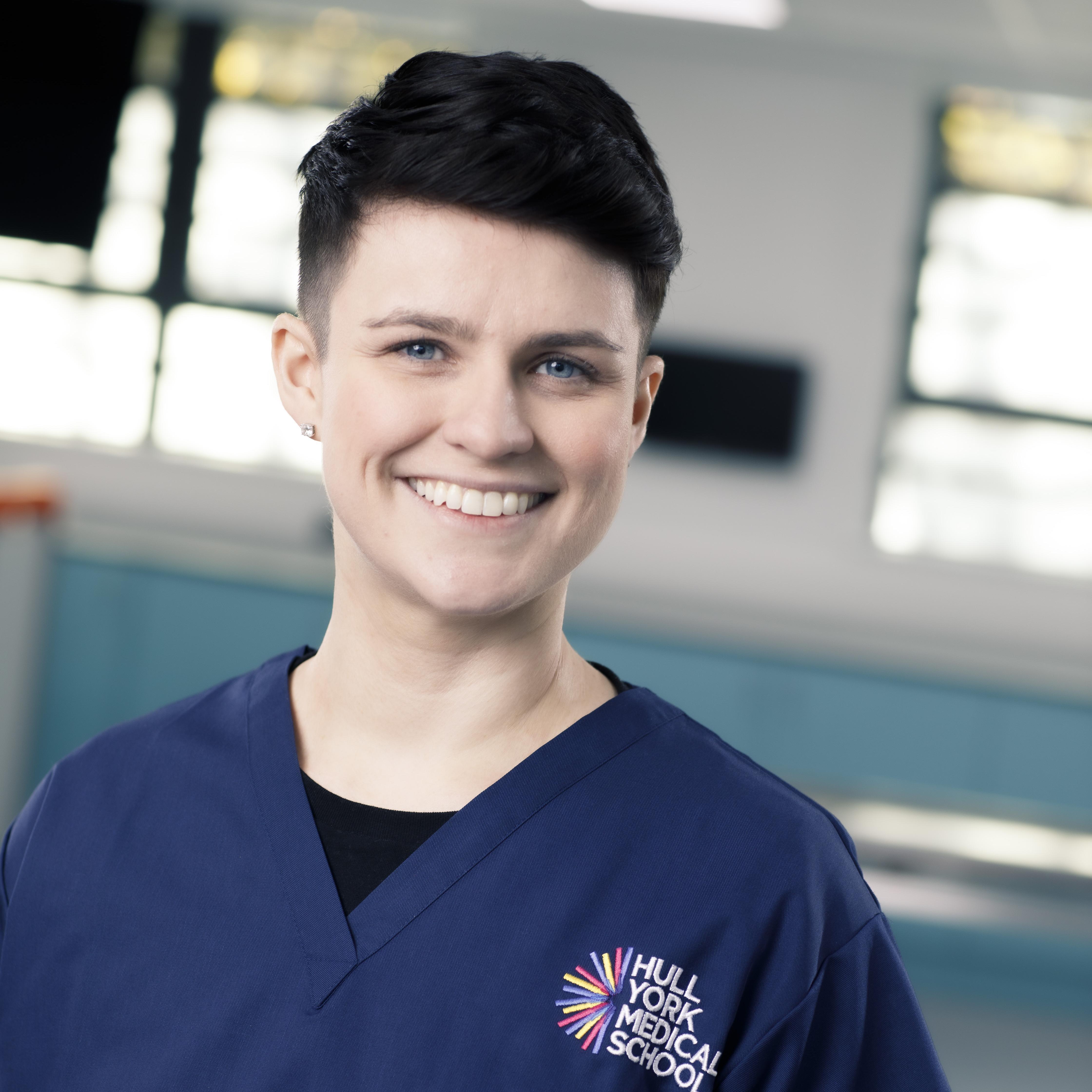 Dr Kat Sanders
