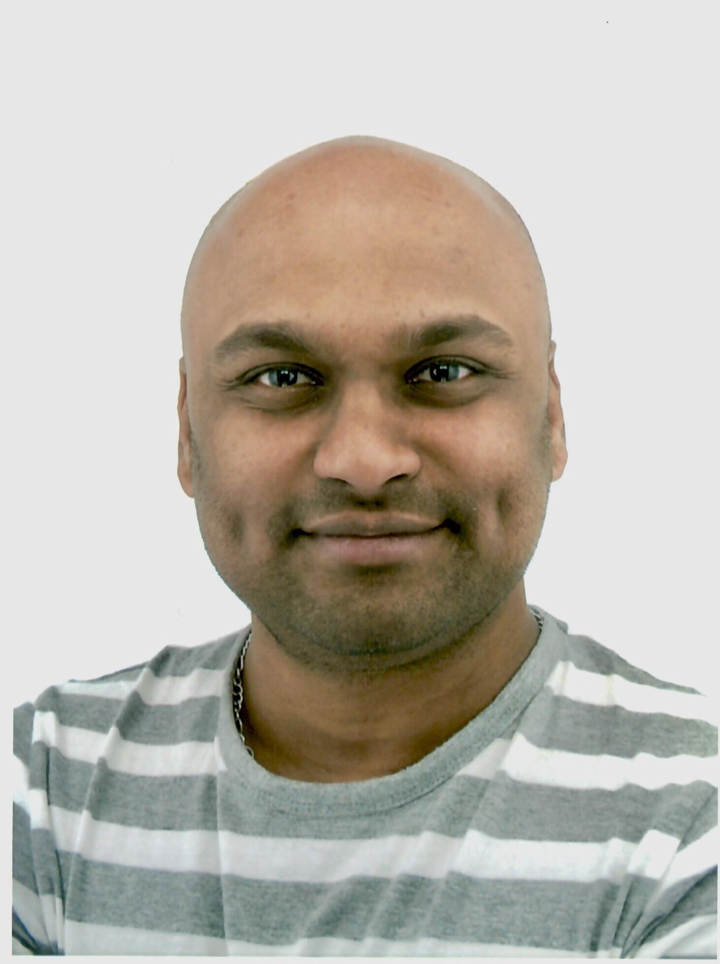 Dr Anand Ahankari